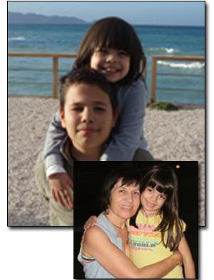 με τα εγγόνια μου Νίκο και Κωνσταντίνα, Αμνισσός (Κρήτη)  2010